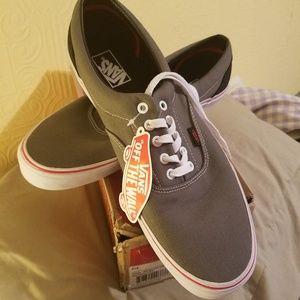 Men's gargoyal/mars red Van skate shoe